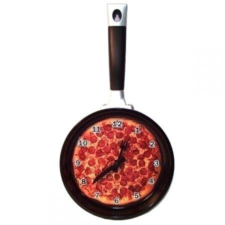 "Часы ""Сковорода Пицца"""