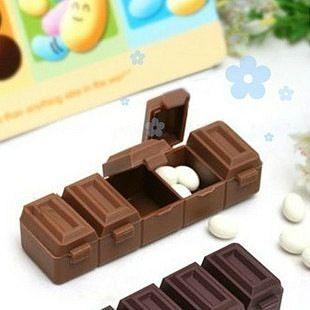 """Контейнер для таблеток """"Шоколадка"""""""