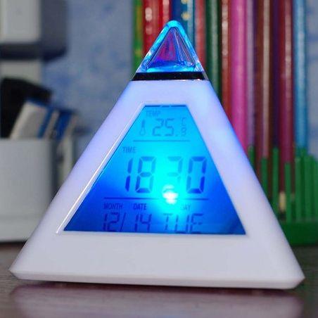 Часы-будильник Светящаяся пирамида с термометром и многоцветной подсветкой